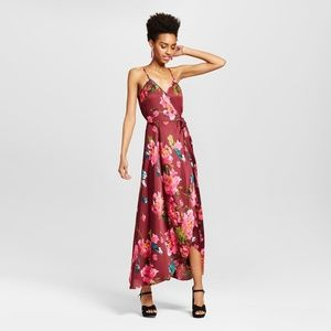 Xhilaration Dresses - Fashion Wome Juniors  Satin V-Neck  Floral  Dress